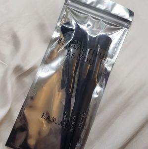 F.A.R.A.H Blush Brush Set